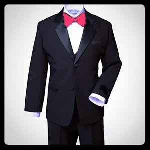 Boys Black Tuxedo Size 5 w/ Red Bow Tie